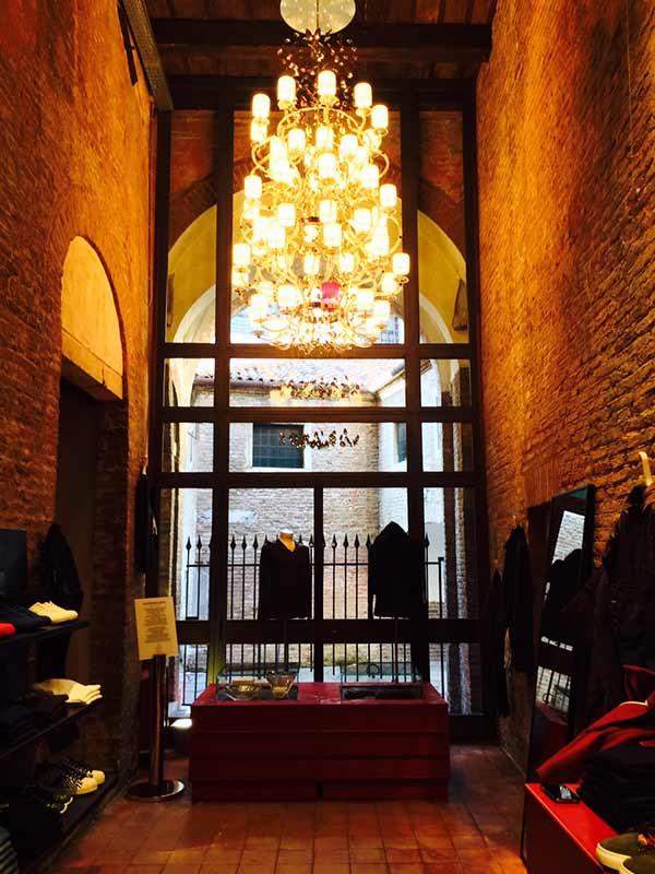 Beby Italy Lighting at Lazzari Store