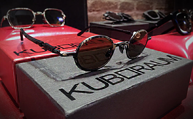 Kuboraum glasses art installation at Lazzari Treviso