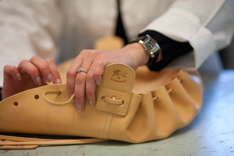 Il Bisonte leather bags at Lazzari Store Treviso   Il Bisonte Handbags